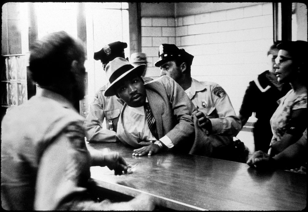 arrest of martin luther king jr. for trying to eat at an all white restaurant