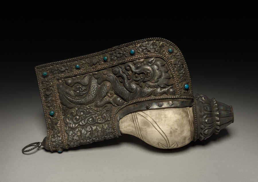 Shell and silver; overall: 29.2 cm (11 1/2 in.). The Cleveland Museum of Art